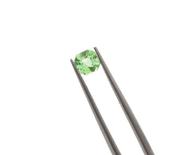 5.2mmx4.5mm Green Tourmaline