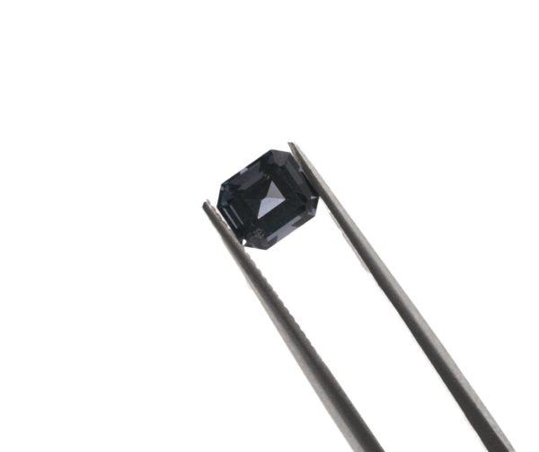 6.0mmx5.3mmx3.9mm Emerald Spinel