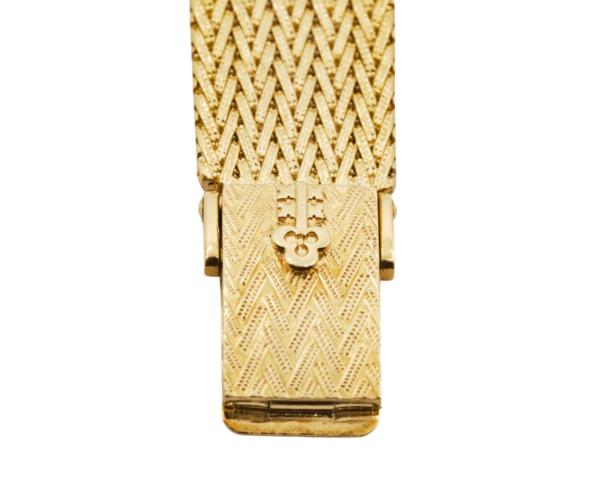 Rare Women's Vintage Corum 139491 23.5mm 18kt Yellow Gold Opal Dial Swiss Manual Wind Wrist Watch