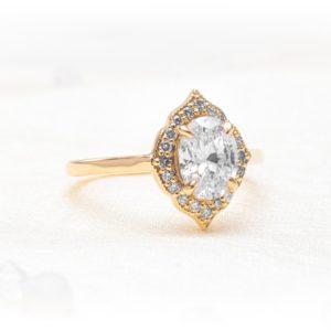 Solari Vintage Milgrain Diamond Oval Halo Engagement Ring