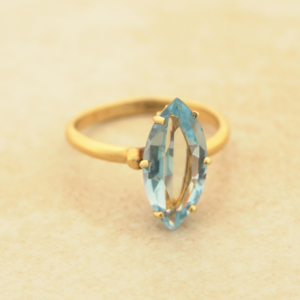 Women's Vintage Estate 14kt Yellow Gold Marquise Blue Topaz Solitaire Engagement Ring